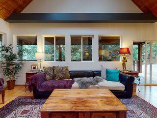 "Photo 7: 5627 CURRAN Road in Halfmoon Bay: Halfmn Bay Secret Cv Redroofs House for sale in ""CURRAN ROAD"" (Sunshine Coast)  : MLS®# R2517020"