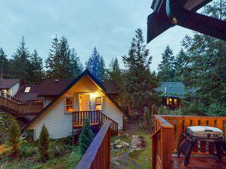 "Photo 40: 5627 CURRAN Road in Halfmoon Bay: Halfmn Bay Secret Cv Redroofs House for sale in ""CURRAN ROAD"" (Sunshine Coast)  : MLS®# R2517020"