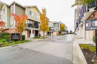 """Photo 2: 27 1111 EWEN AVENUE Avenue in New Westminster: Queensborough Townhouse for sale in """"ENGLISH MEWS"""" : MLS®# R2517204"""