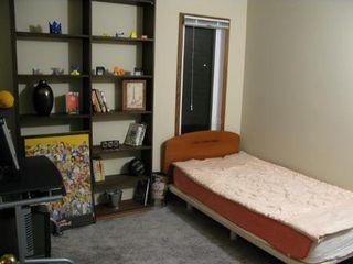 Photo 11: Gorgeous 5 Bedroom 2 Storey Home