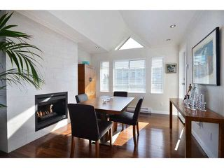 "Photo 3: 412 1880 W 6TH Avenue in Vancouver: Kitsilano Condo for sale in ""HERITAGE ON CYPRESS"" (Vancouver West)  : MLS®# V953854"