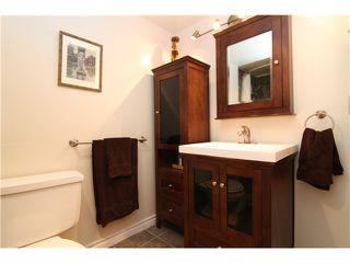 Photo 4: 107 808 E 8TH Avenue in Vancouver: Mount Pleasant VE Condo for sale (Vancouver East)  : MLS®# V957780