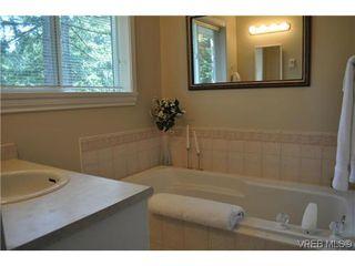Photo 18: 709 Timberglen Place in VICTORIA: Hi Western Highlands Single Family Detached for sale (Highlands)  : MLS®# 321262