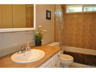 Photo 17: 709 Timberglen Pl in VICTORIA: Hi Western Highlands Single Family Detached for sale (Highlands)  : MLS®# 635399