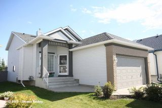 Photo 2: 157 Millview Manor SW in Calgary: Millrise House for sale : MLS®# C3584828