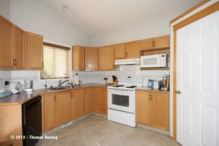 Photo 12: 157 Millview Manor SW in Calgary: Millrise House for sale : MLS®# C3584828