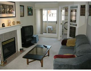 Photo 2: # 213 3638 W BROADWAY BB in Vancouver: Kitsilano Condo for sale (Vancouver West)  : MLS®# V763121