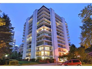 "Photo 1: 902 4165 MAYWOOD Street in Burnaby: Metrotown Condo for sale in ""PLACE IN THE PARK"" (Burnaby South)  : MLS®# V1072985"