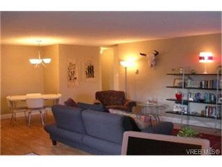 Photo 2:  in VICTORIA: Vi Downtown Condo for sale (Victoria)  : MLS®# 384295