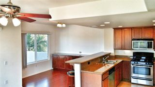 Photo 5: PACIFIC BEACH Townhome for sale : 2 bedrooms : 1605 Emerald in San Diego