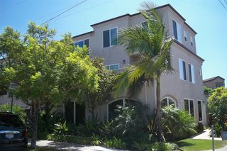 Photo 1: PACIFIC BEACH Townhome for sale : 2 bedrooms : 1605 Emerald in San Diego
