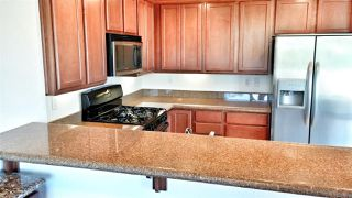 Photo 4: PACIFIC BEACH Townhouse for sale : 2 bedrooms : 1605 Emerald in San Diego