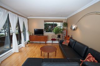 Photo 5: #105-334 E 5th. in Vancouver: Mount Pleasant VW Condo for sale (Vancouver West)  : MLS®# v1054176