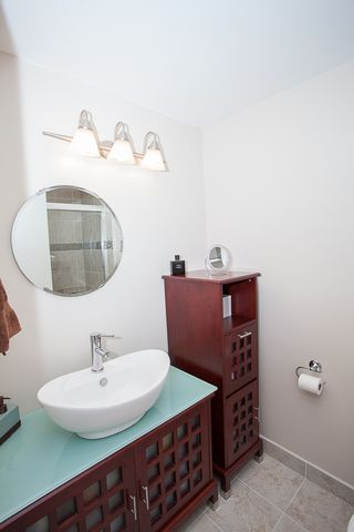 Photo 6: #105-334 E 5th. in Vancouver: Mount Pleasant VW Condo for sale (Vancouver West)  : MLS®# v1054176
