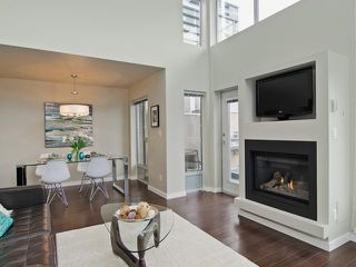 Photo 4: # PH2 1288 CHESTERFIELD AV in North Vancouver: Central Lonsdale Condo for sale : MLS®# V1123799