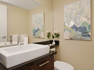 Photo 7: # PH2 1288 CHESTERFIELD AV in North Vancouver: Central Lonsdale Condo for sale : MLS®# V1123799