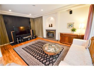 Photo 11: 7292 BARNET RD in BURNABY: Westridge BN House for sale (Burnaby North)  : MLS®# V1104455