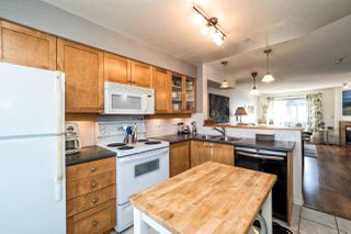 Photo 3: 24 288 ST. DAVIDS AVENUE in NORTH VANC: Lower Lonsdale Townhouse for sale (North Vancouver)  : MLS®# R2005852