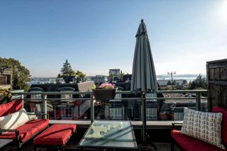 Photo 1: 24 288 ST. DAVIDS AVENUE in NORTH VANC: Lower Lonsdale Townhouse for sale (North Vancouver)  : MLS®# R2005852