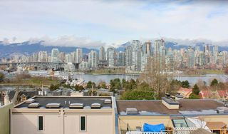Main Photo: 1141 W 8TH AVENUE in Vancouver: Fairview VW Townhouse for sale (Vancouver West)  : MLS®# R2141744