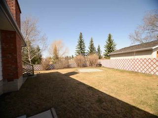 Photo 2: 10408 37 AV NW NW in Edmonton: Zone 16 House  : MLS®# E4105702