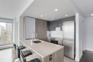 Photo 5: 1701 1088 Richards Street in Vancouver: Yaletown Condo for sale (Vancouver West)