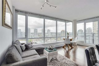 Photo 1: 1701 1088 Richards Street in Vancouver: Yaletown Condo for sale (Vancouver West)
