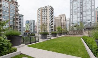 Photo 13: 1701 1088 Richards Street in Vancouver: Yaletown Condo for sale (Vancouver West)