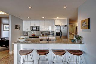 Photo 3: 701 10028 119 Street in Edmonton: Zone 12 Condo for sale : MLS®# E4183132