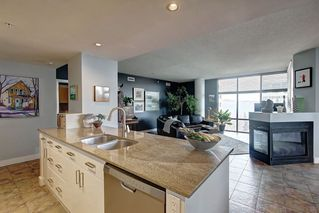 Photo 7: 701 10028 119 Street in Edmonton: Zone 12 Condo for sale : MLS®# E4183132