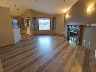 Photo 4: 3804 42 Street in Edmonton: Zone 29 House for sale : MLS®# E4183415