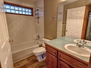 Photo 9: 3804 42 Street in Edmonton: Zone 29 House for sale : MLS®# E4183415