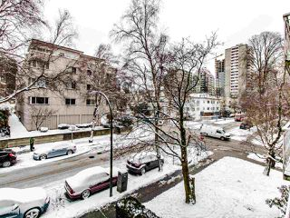 "Photo 15: 304 1100 HARWOOD Street in Vancouver: West End VW Condo for sale in ""The Martinique"" (Vancouver West)  : MLS®# R2428812"