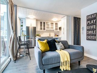 "Photo 4: 304 1100 HARWOOD Street in Vancouver: West End VW Condo for sale in ""The Martinique"" (Vancouver West)  : MLS®# R2428812"