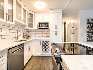 "Photo 7: 304 1100 HARWOOD Street in Vancouver: West End VW Condo for sale in ""The Martinique"" (Vancouver West)  : MLS®# R2428812"