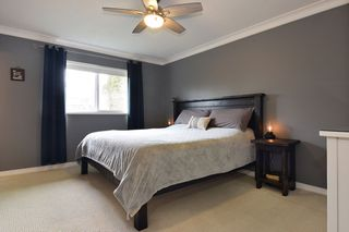 Photo 8: 27571 32A Avenue in Langley: Aldergrove Langley House for sale : MLS®# R2438545