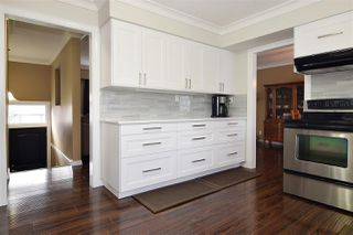 Photo 7: 27571 32A Avenue in Langley: Aldergrove Langley House for sale : MLS®# R2438545