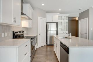 Photo 8: 71 SAVANNA Lane NE in Calgary: Saddle Ridge Detached for sale : MLS®# C4294146