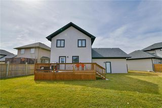 Photo 3: 19 WYNDHAM Court in Niverville: Fifth Avenue Estates Residential for sale (R07)  : MLS®# 202009483