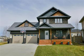 Photo 1: 19 WYNDHAM Court in Niverville: Fifth Avenue Estates Residential for sale (R07)  : MLS®# 202009483