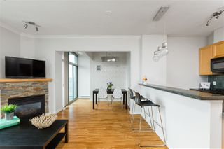 """Photo 6: 2704 928 RICHARDS Street in Vancouver: Yaletown Condo for sale in """"SAVOY"""" (Vancouver West)  : MLS®# R2457880"""