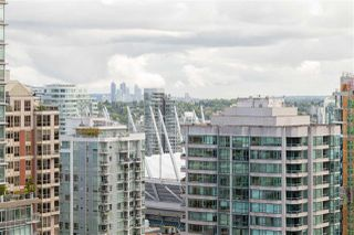 """Photo 15: 2704 928 RICHARDS Street in Vancouver: Yaletown Condo for sale in """"SAVOY"""" (Vancouver West)  : MLS®# R2457880"""