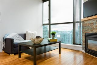 """Photo 5: 2704 928 RICHARDS Street in Vancouver: Yaletown Condo for sale in """"SAVOY"""" (Vancouver West)  : MLS®# R2457880"""