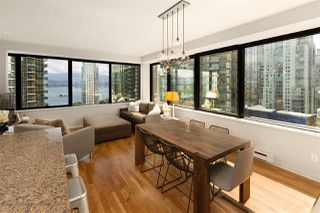 """Photo 7: 1006 1333 W GEORGIA Street in Vancouver: Coal Harbour Condo for sale in """"QUBE"""" (Vancouver West)  : MLS®# R2507933"""