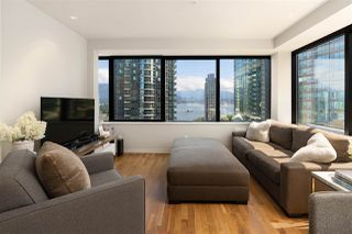 """Photo 3: 1006 1333 W GEORGIA Street in Vancouver: Coal Harbour Condo for sale in """"QUBE"""" (Vancouver West)  : MLS®# R2507933"""