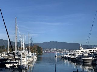 """Photo 20: 1006 1333 W GEORGIA Street in Vancouver: Coal Harbour Condo for sale in """"QUBE"""" (Vancouver West)  : MLS®# R2507933"""