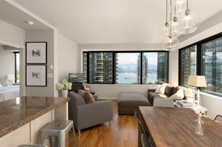 """Photo 4: 1006 1333 W GEORGIA Street in Vancouver: Coal Harbour Condo for sale in """"QUBE"""" (Vancouver West)  : MLS®# R2507933"""