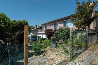 Photo 2: 703 QUADLING Avenue in Coquitlam: Coquitlam West House for sale : MLS®# R2508893