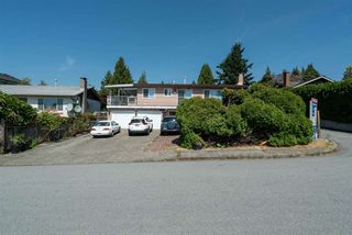 Photo 3: 703 QUADLING Avenue in Coquitlam: Coquitlam West House for sale : MLS®# R2508893