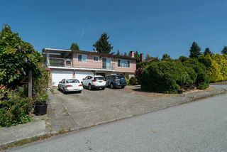 Photo 4: 703 QUADLING Avenue in Coquitlam: Coquitlam West House for sale : MLS®# R2508893